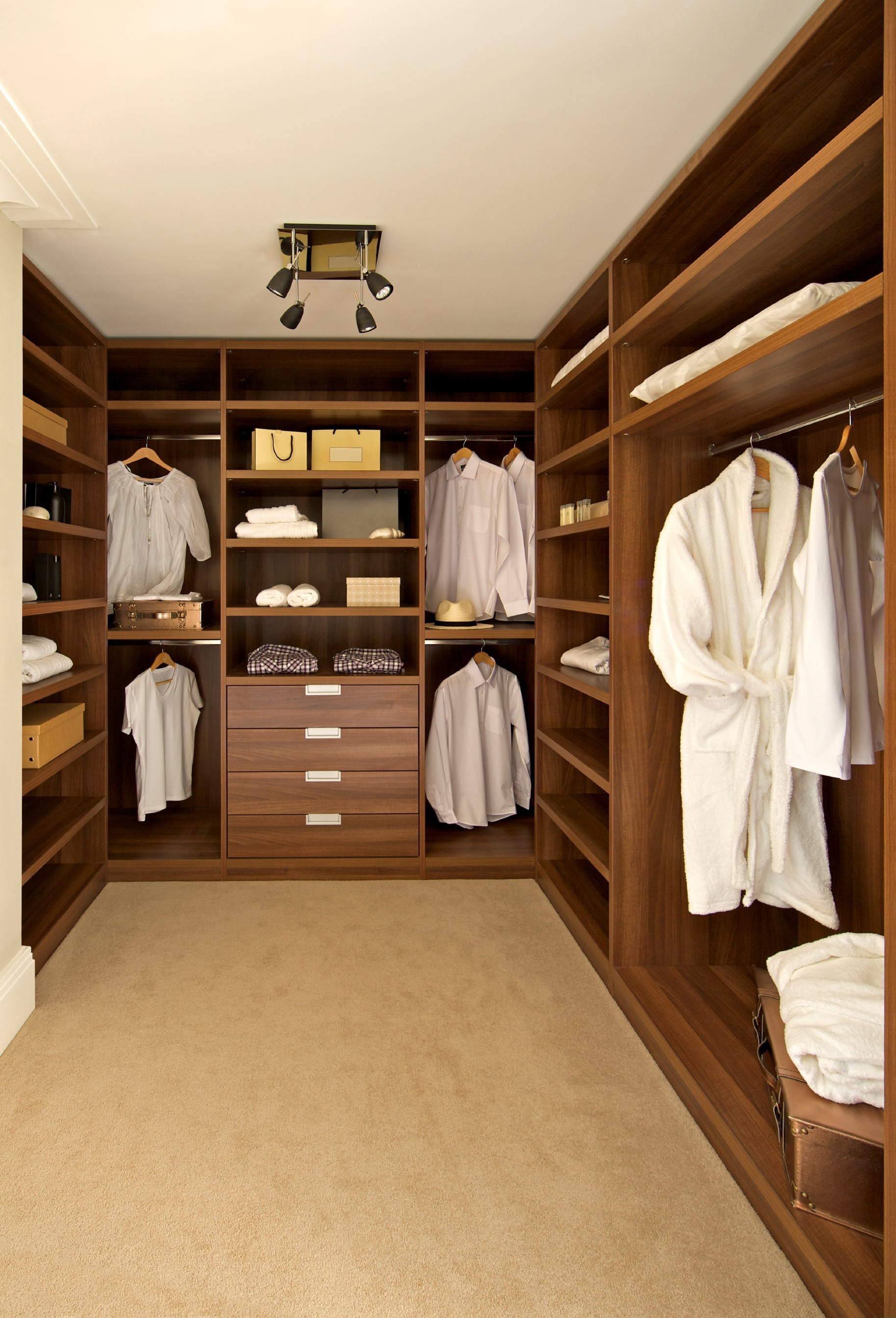 3 examples of beautiful bespoke wardrobes