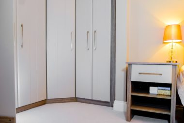 Built in hinged wardrobe Cc Redcliffe 0016