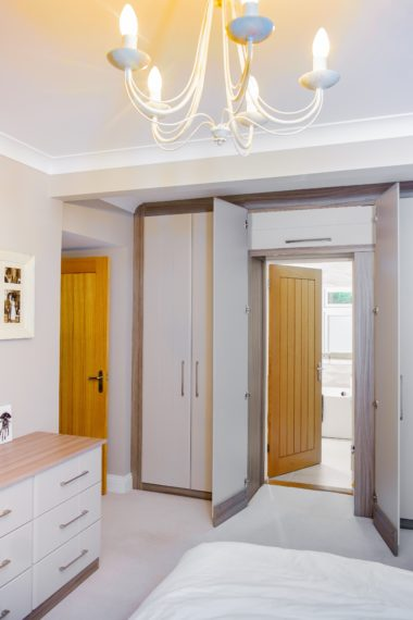 fitted hinged wardrobe Cc Redcliffe 0014