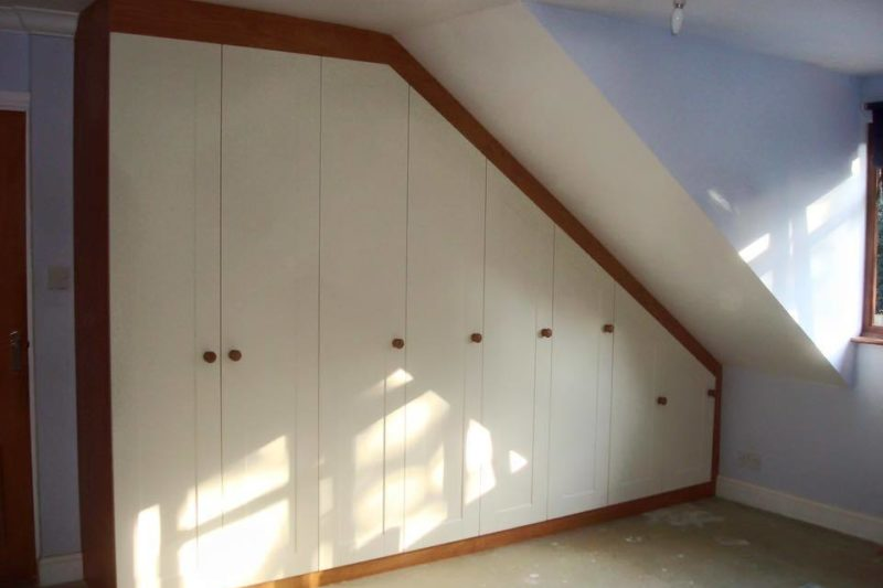 Fitted Angled Furniture36